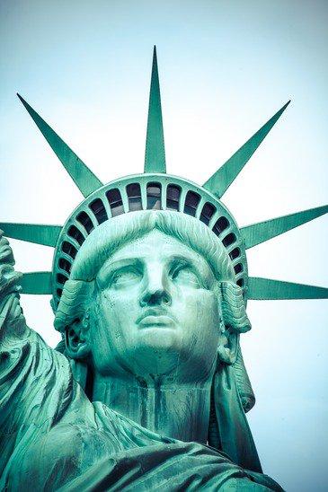 photodune-7555434-the-statue-of-liberty-at-new-york-city-xs