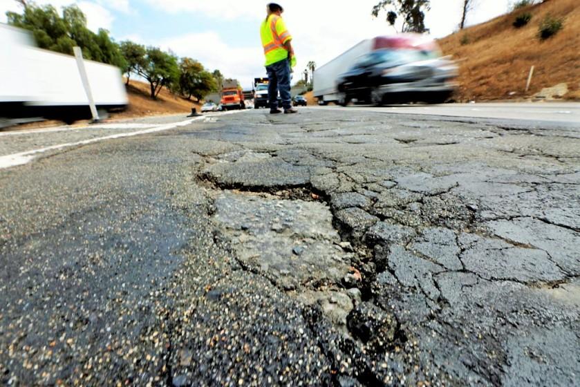 Gov. Brown faces rough road in quest to repair California's freeways