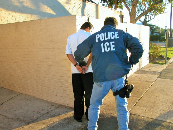 ICE US_Immigration_and_Customs_Enforcement_arrest